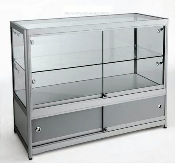Picture of 3/4 Glass Showcase (R1554A)